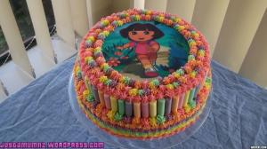 text - dora cake