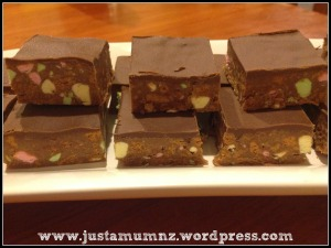 Clinkers Chocolate Slice
